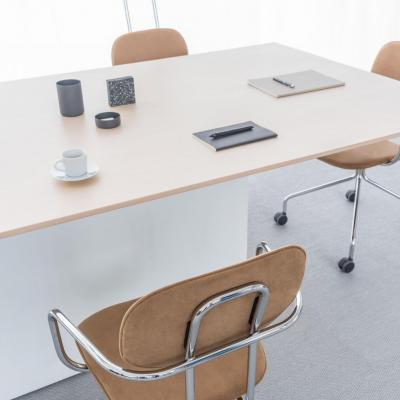 Conference table gravity mdd 2